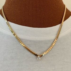 Vtg gold chain necklace